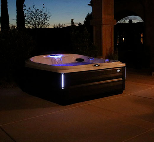 Jacuzzi 485 na terasi nočna z ambientalno osvetlitvijo